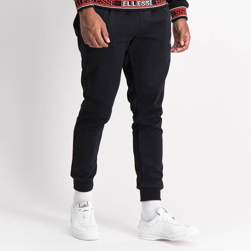 ELL1254B Core Ess Emb Sweat Pants Black ELW21 035B V2