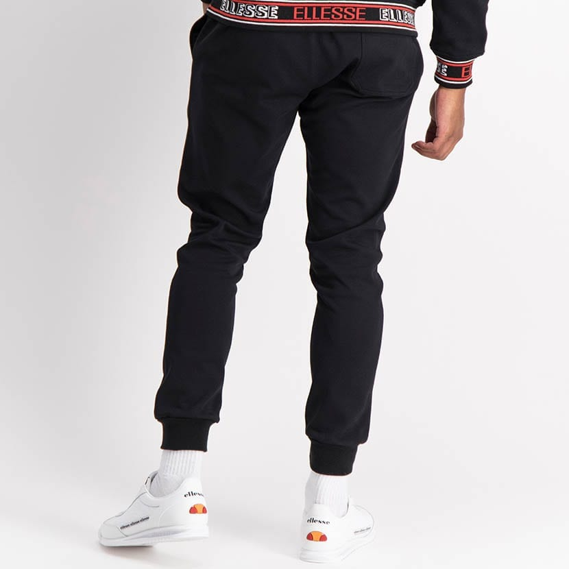 ELL1254B Core Ess Emb Sweat Pants Black ELW21 035B V3
